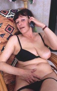 Maîtresses matures au téléphone